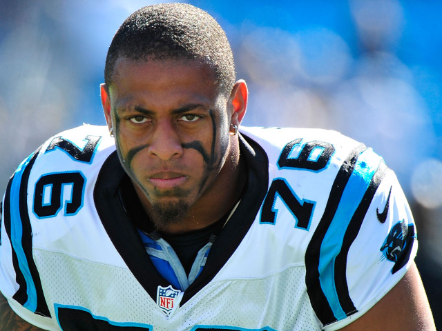 Greg-Hardy-carolina-panthers-467--640x480